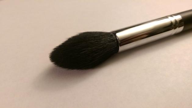 Morphe M438 - POINTED CONTOUR 高光提亮刷 化妝刷 打亮刷 2