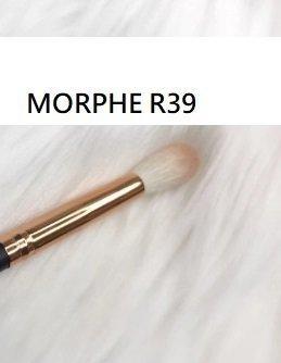 Morphe R39 - TAPERED BLENDER 高光刷 高光提亮 化妝刷 3
