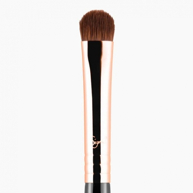 E57 -FIRM SHADER BRUSH  眼影刷 3