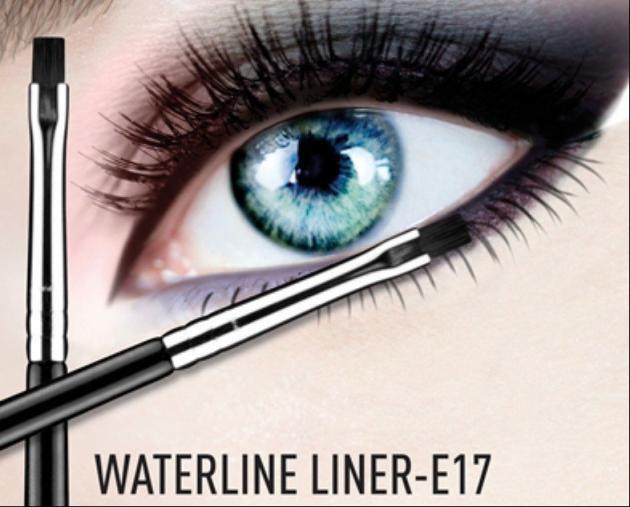 E17 - WATERLINE  方形眼線刷 3