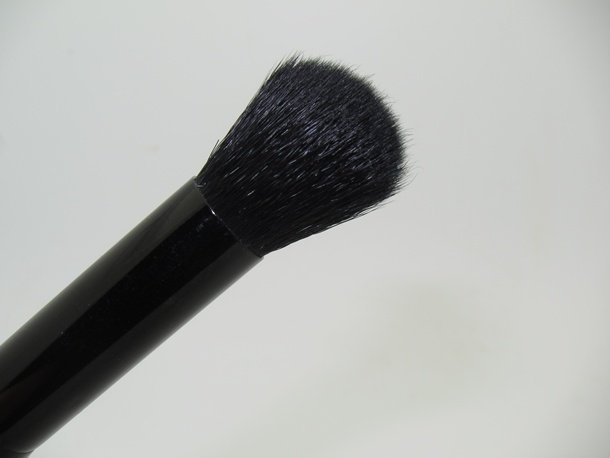 ELF Flawless Concealer Brush #84024完美遮瑕刷 2